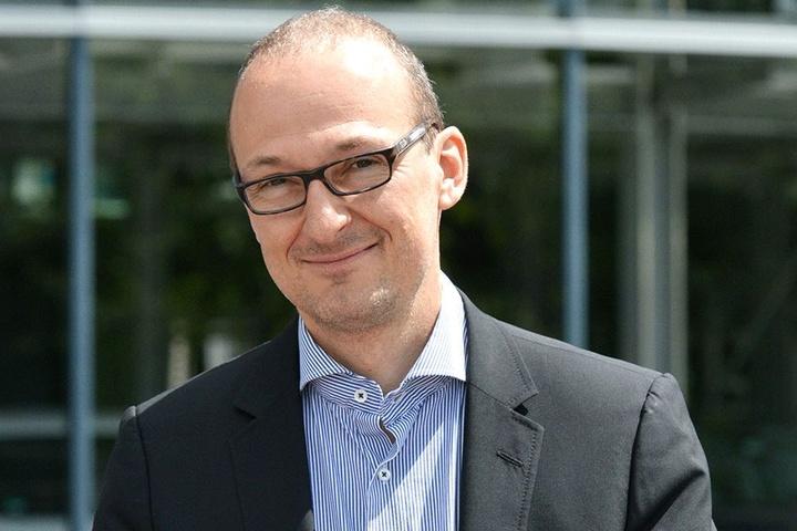 Kümmert sich als Chef der Dresdner Wirtschaftsförderung auch um den Striezelmarkt: Dr. Robert Franke (41).