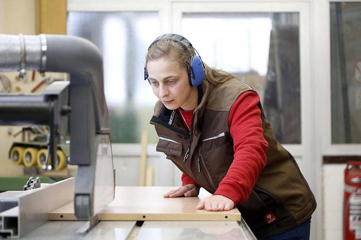 Der Tischlerberuf steht auf Platz 10 der bei Jugendlichen beliebtesten Berufe.