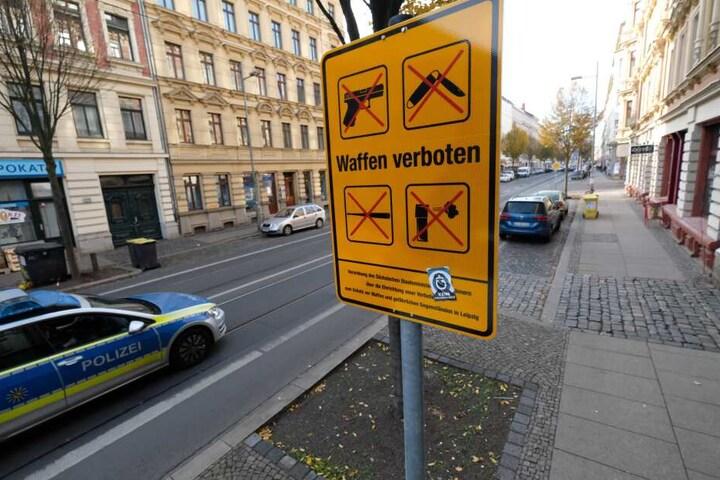 Seit Anfang November gilt in und um die Eisenbahnstraße ein striktes Waffenverbot. Es ist die erste derartige Zone in ganz Sachsen.