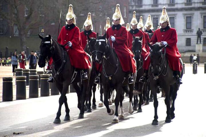 """So könnte der ein oder andere London-Tourist die """"Household Cavalry"""" schon einmal gesehen haben."""
