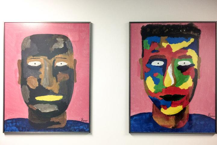 Diese zwei Bilder eines Patienten können ebenfalls erworben werden.