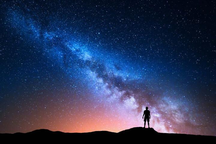 Unendlich groß und unendlich spannend: Das Universum! (Symbolbild)