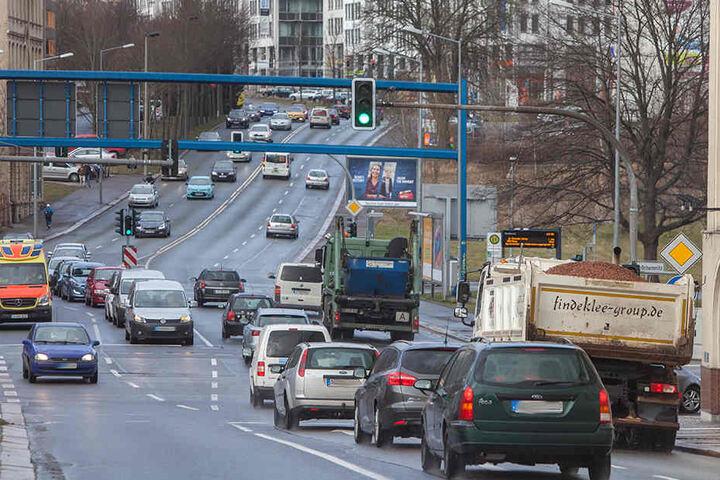 Die stark befahrene Leipziger Straße.