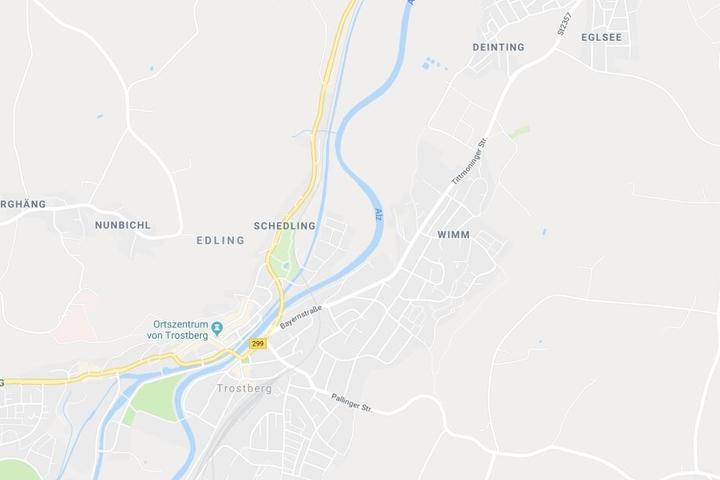Im Gemeindebereich von Trostberg in Bayern ist es zu einem tödlichen Unfall gekommen.