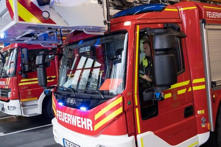 Die Feuerwehr eilte nach dem Notruf zur Unfallstelle. (Symbolbild)