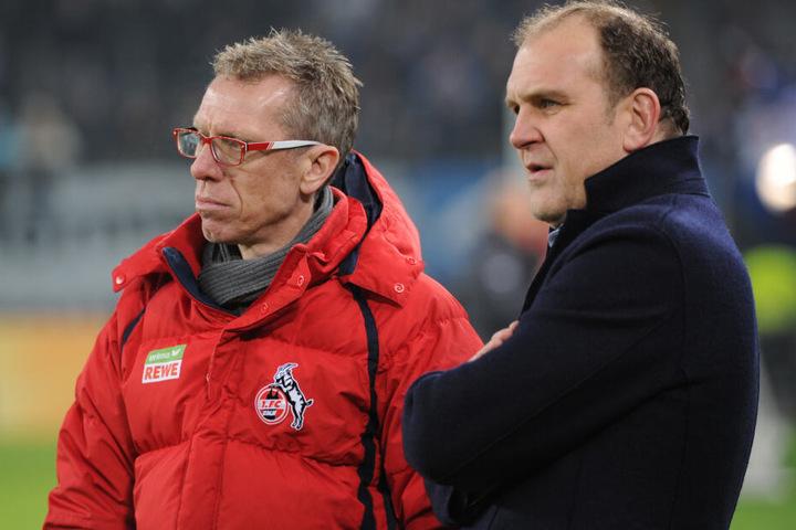 Zusammen mit Trainer Peter Stöger hatte Jörg Schmadtke den 1. FC Köln 2017 in die Europa League geführt. Die Krise danach kostete beide ihren Job (Archivbild).