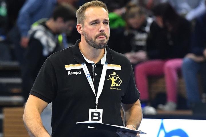 Durfte sich über einen wichtigen Sieg seiner Mannschaft freuen: HCE-Coach Christian Pöhler.