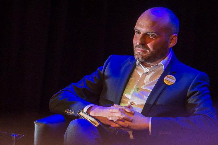 Daniel Stassny (Piraten u. Freie Wähler, 40)