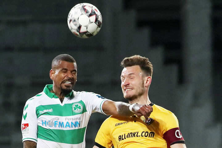 Ballas im Zweikampf: der Abwehrturm weiß, dass Dynamo in der zweiten Hälfte nicht so viel investiert hat, wie noch in Aue.