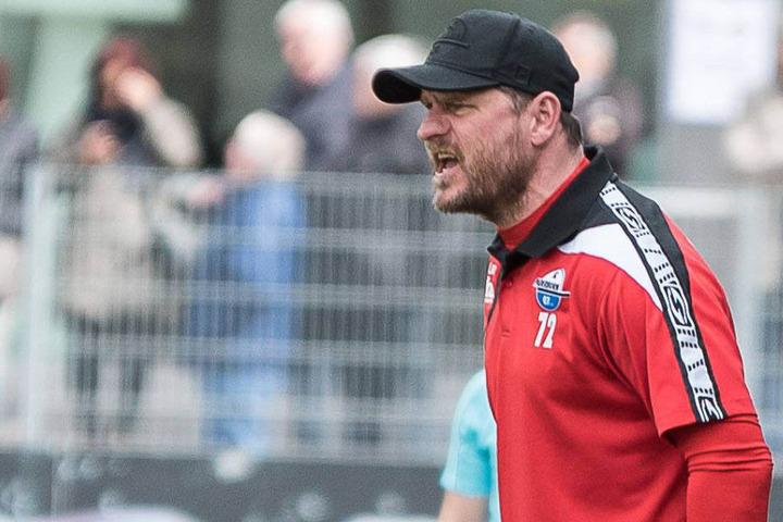 SCP-Trainer Steffen Baumgart war nach dem Spiel nicht ganz zufrieden.