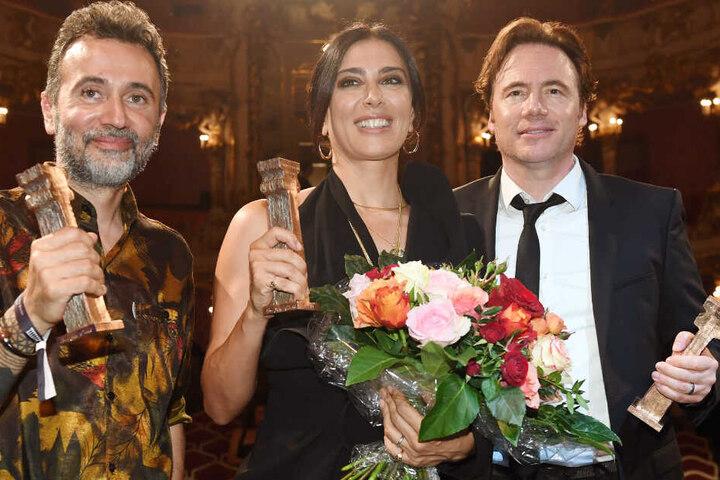 """Michael """"Bully"""" Herbig (r.) bekam den Friedenspreis für seinen Fluchtthriller """"Ballon""""."""