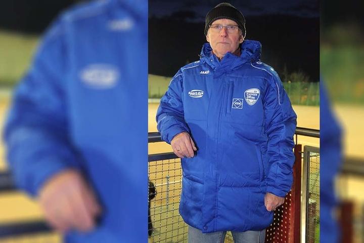 Kämpft um einen neuen Kunstrasenplatz: Vereinspräsident Detlef Dominick (66).