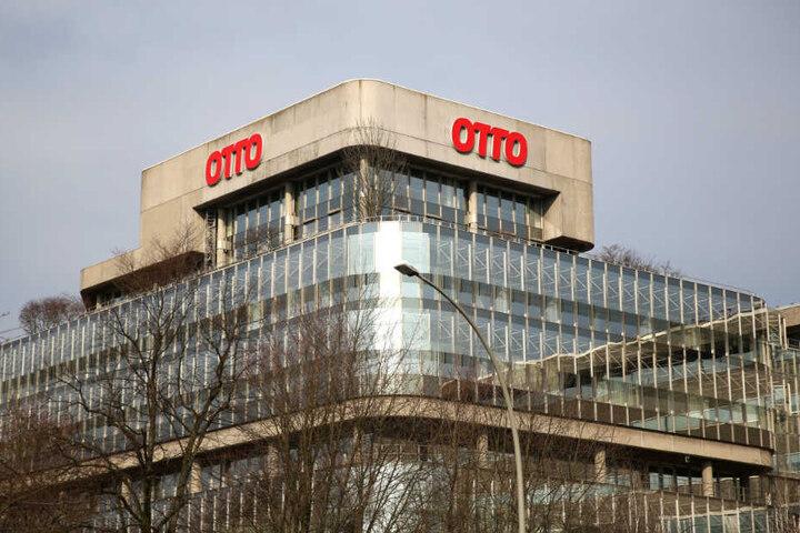Der Otto-Versand hat seine Konzernzentrale in Hamburg. Der berühmte Otto-Katalog wird demnächst eingestellt.