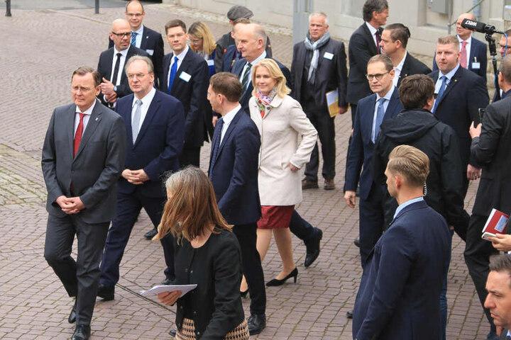 Gastgeber Bodo Ramelow (li.) mit seinen Gästen beim Treffen der Ostminister.