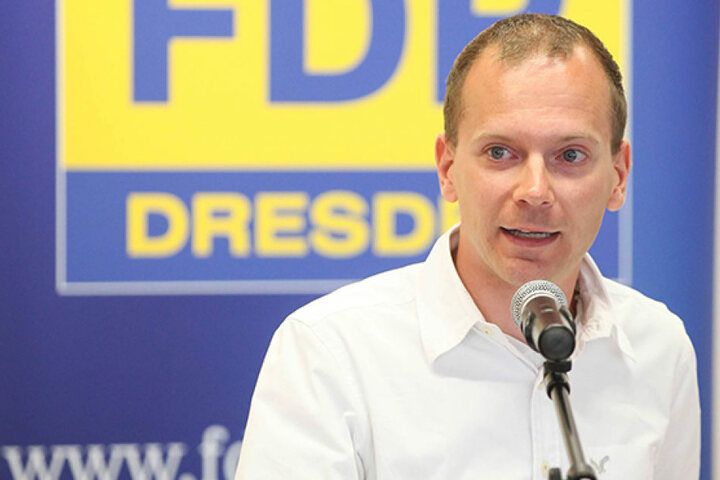 Christoph Blödner (34, FDP) zieht statt FDP-Grande Holger Zastrow (47) in den Bundestagswahlkampf.