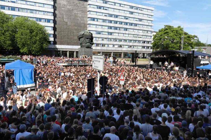 """Im Juni trat """"Kraftklub"""" bei """"Am Kopp"""" auf. Zum Konzert kamen etwa 4000 Fans."""