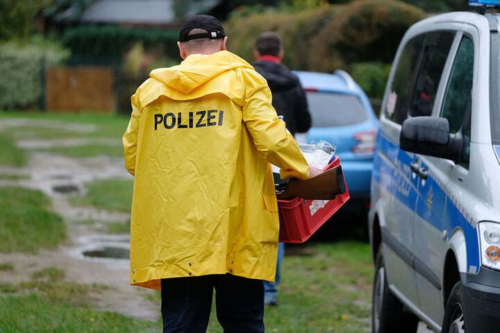 Großeinsatz für die Polizei in der Bungalow-Anlage in Löbnitz.