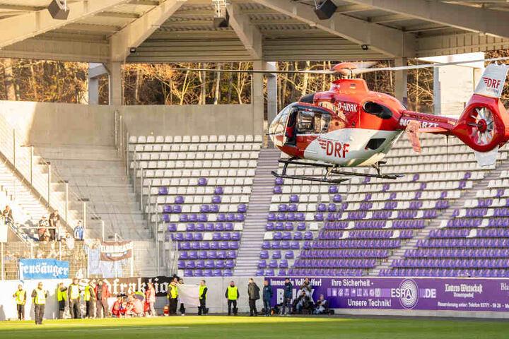 Mit einem Hubschrauber musste HSV-Fan Thorsten in ein Krankenhaus gebracht werden.
