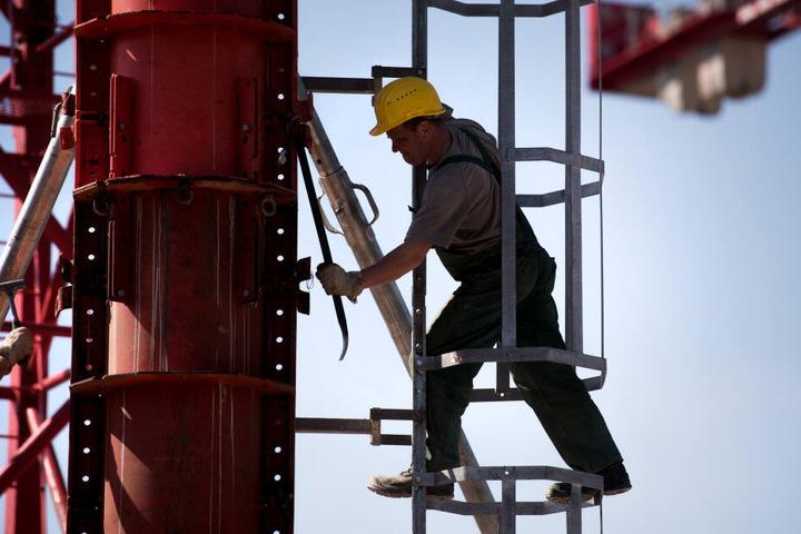 Die Konjunkturabschwünge wirken sich auch auf den bayerischen Arbeitsmarkt aus. (Symbolbild)