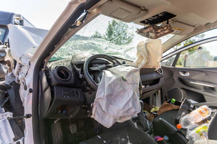 In dem Auto wurde alles zerstört.