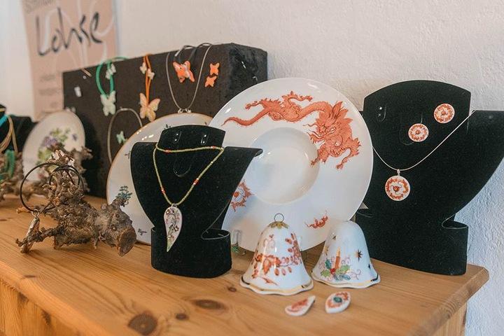 Klassische und ausgefallene Muster und Motive - alle Stücke von Bianka Lohse aus Freital sind echte Hingucker.