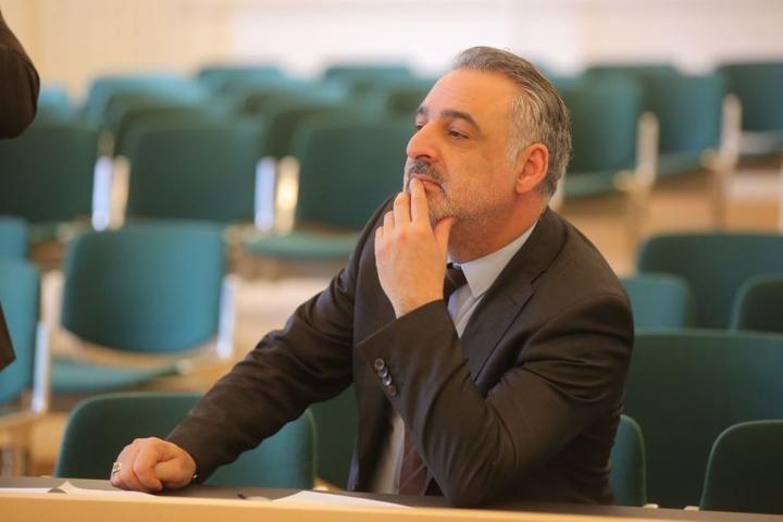 Der stellvertretende Generalkonsul der Türkei, Bilent Keles, ist extra nach Dresden gereist, um den Prozess vor Ort zu verfolgen.