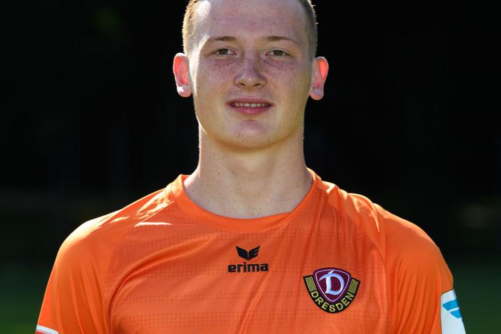 Dynamo-Torwart Markus Schubert reist zu den U19-Junioren.