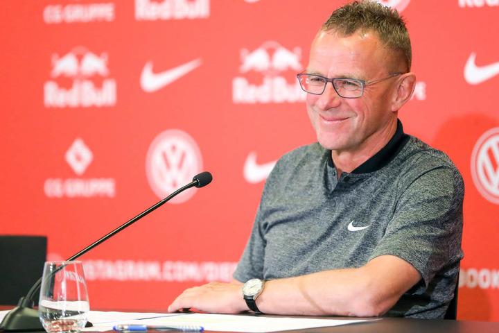 Darf sich im Januar 2019 über zwei neue Spieler freuen: Trainer und Sportdirektor Ralf Rangnick (60).