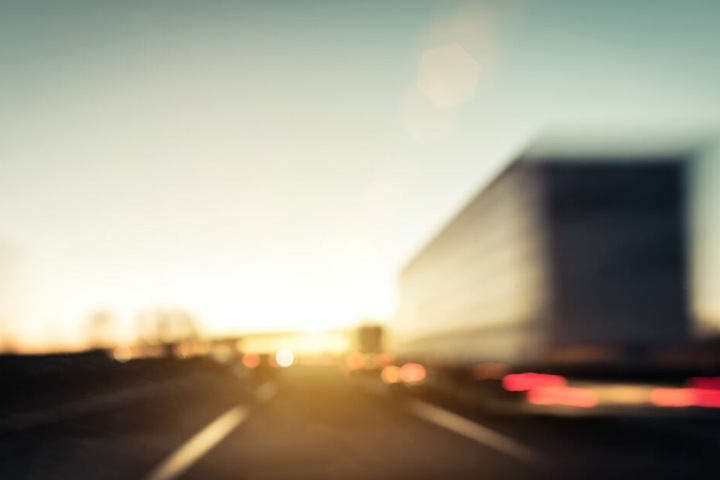 Wann die Autobahn wieder freigegeben werden soll, ist derzeit noch unklar.