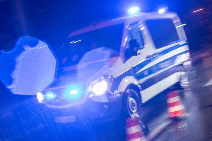 Die Polizei schätzt den Sachschaden des Unfalls auf circa 31.000 Euro. (Symbolbild)