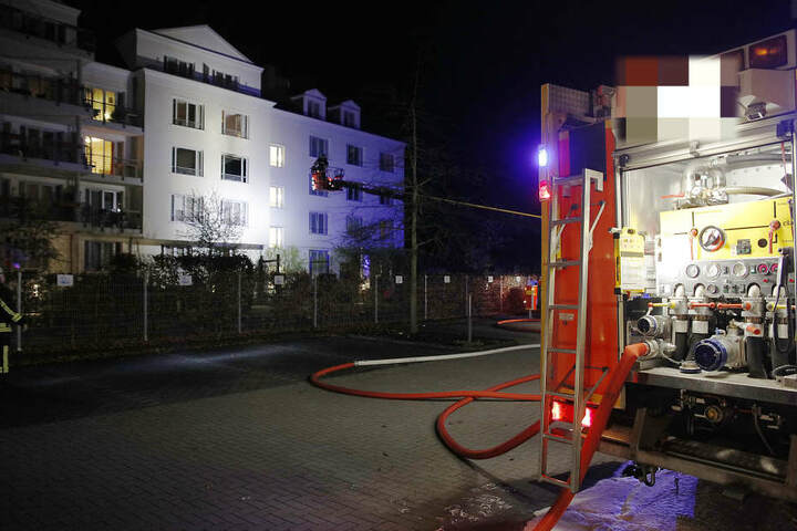 Der Brand war in einer Wohnung im zweiten Stock des Seniorenheims ausgebrochen.