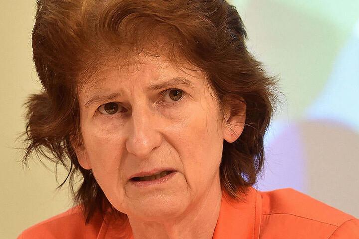 Eva-Maria Stange erklärte auf ihrer Facebook-Seite, dass die Klage der NPD erledigt sei.