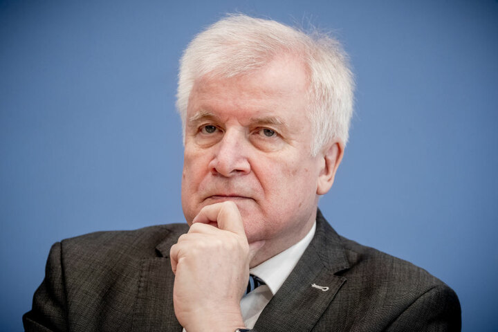 Bundesinnenminister Horst Seehofer (69) sprach sich für die NRW-Initiative zu Olympia 2032 aus.