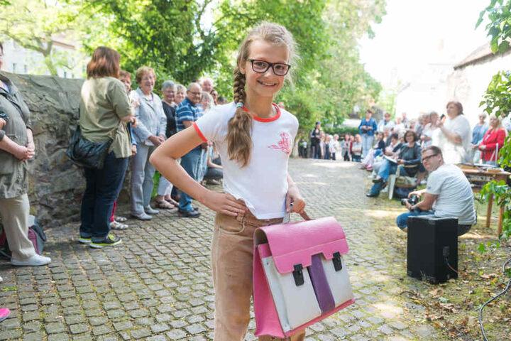 Nikki und Manchesterhose (Cordhose): Das könnte Jana (10) auch durchaus heute noch tragen.