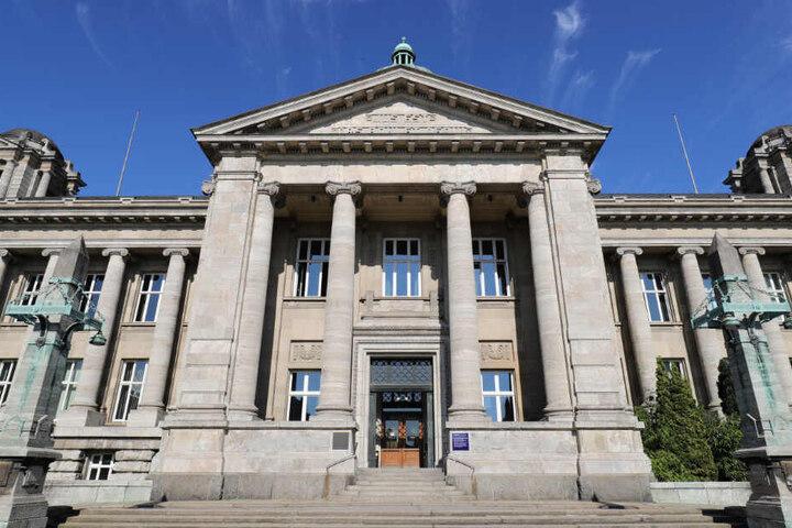 Das Hanseatische Oberlandesgericht in Hamburg soll den Namensstreit beilegen.