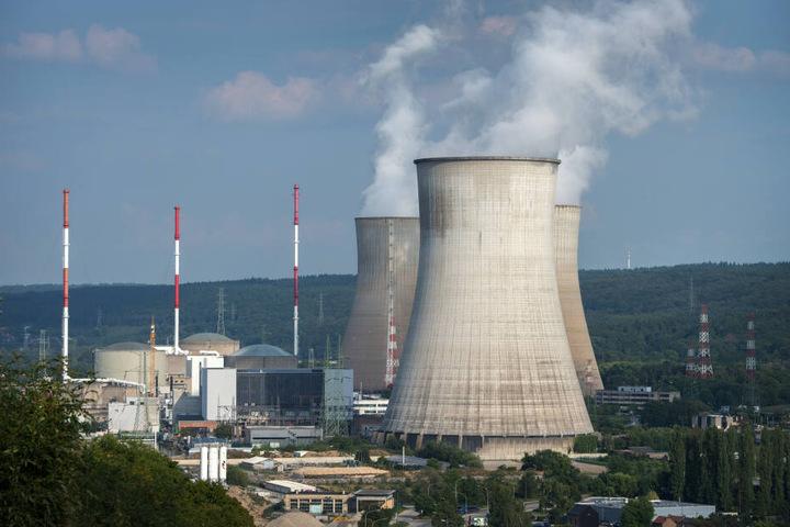 Tihange 1 soll wegen einer Kontrolle für mehrere Monate vom Stromnetz genommen werden.