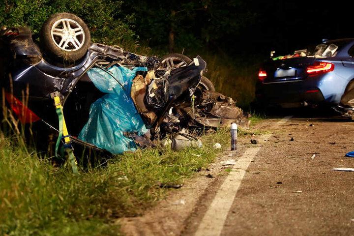 Der 24-jährige BMW-Fahrer soll über 100 Meter in einer Kurve gedriftet sein und kam dabei auf die Gegenfahrbahn.