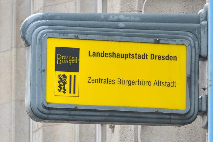 Ein Fundamt in Dresden gab es schon vor der Wende, das Fundbüro in der Theaterstraße 13 (Untergeschoss, Zimmer K41) erst seit 2005.