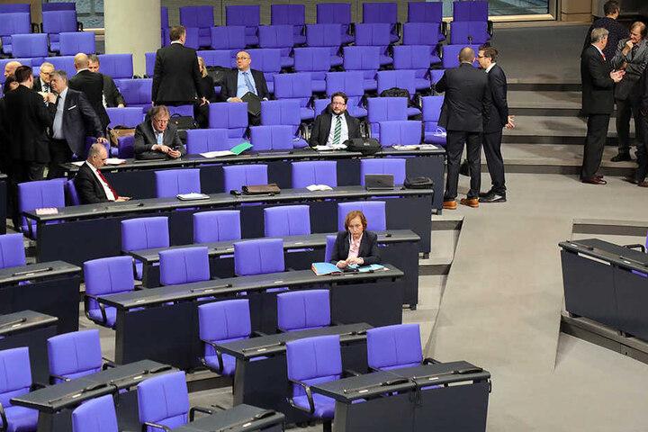 Die AfD-Fraktion im Bundestag findet, dass der Ausschussvorsitz glaubwürdig besetzt werden muss.