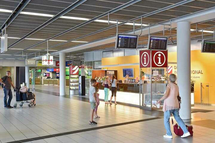 Wer etwas im Dresdner Flughafen verloren hat, kann sich am Info-Point melden.
