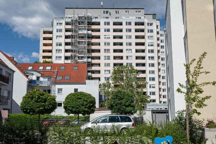 Das Brentano-Hochhaus in Rödelheim: In dem westlichen Frankfurter Stadtteil ereignete sich der tödliche Unfall (Archivbild).