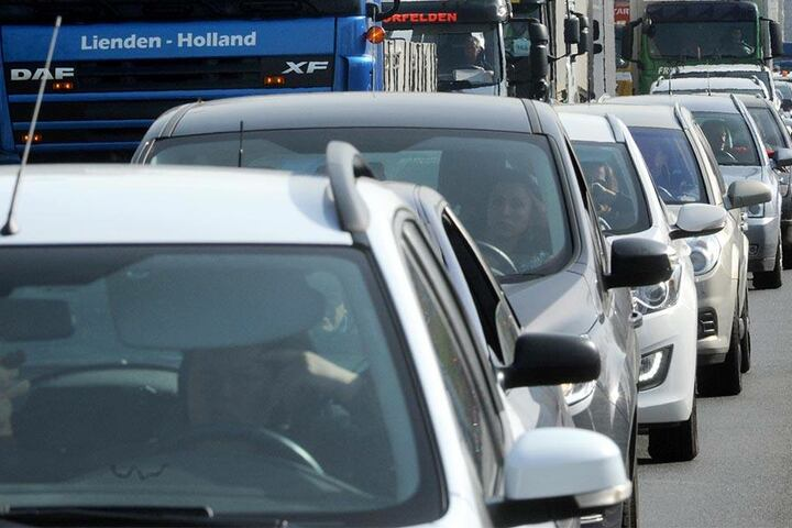 Millionen von Diesel-Autos sollen mit einer neuen Software ausgestattet werden.