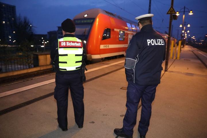 Die Gleise 18 und 19 sind am Dresdner Hbf derzeit gesperrt.