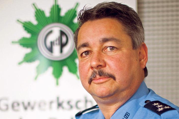 Das Innenministerium könnte sehr wohl Ausnahmen zulassen, so Sachsens  GdP-Chef Hagen Husgen (53).