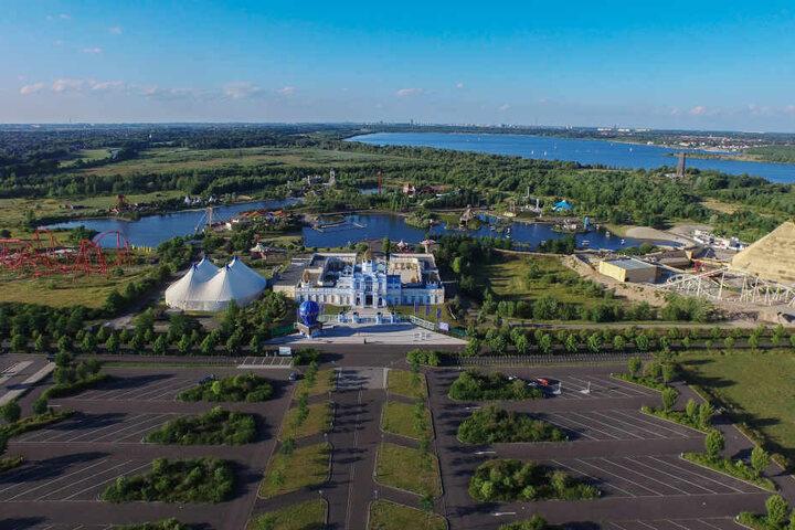 Eine große Fläche nördlich des bisherigen Parks ist noch unbebaut. Mit dem neuen Inhaber Parques Reunidos könnte sich das bald ändern.