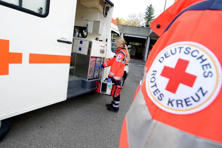 Die alarmierten Rettungskräfte konnten der Frau nicht mehr helfen (Symbolfoto).
