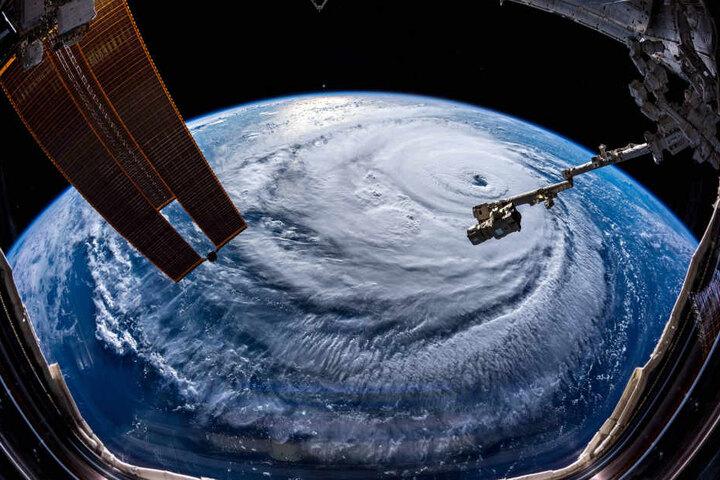 Schöner Nebeneffekt des Astronauten-Jobs: Das Erdpanorama aus 408 Höhenkilometern ist grandios.