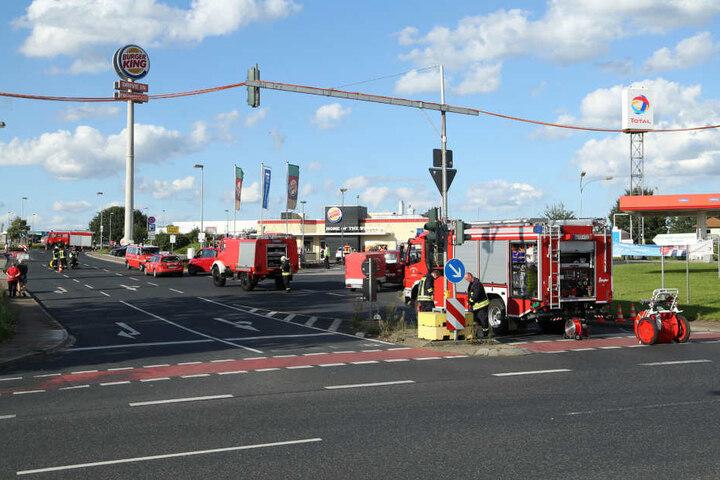 Mehrere Feuerwehrautos waren im Einsatz.