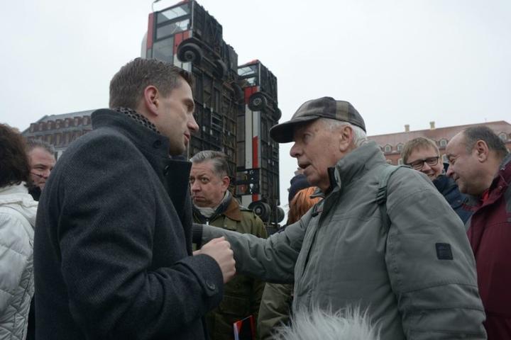 Sachsens SPD-Vorsitzender und Vize-Regierungschef Martin Dulig (42) im Gespräch mit den Bürgern.
