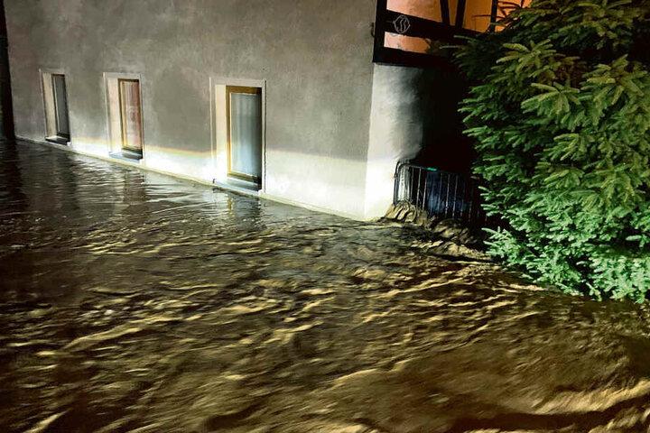 Land unter im mittelsächsischen Börtewitz, fast der gesamte Ort versank in den Regenfluten.